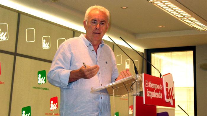 Cayo Lara, en una rueda de prensa en la sede de IU en Madrid. Foto: IU.