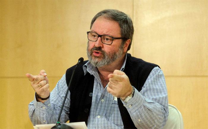 El concejal de Podemos Javier Barbero, responsable, con Carmena, del mayor recorte sanitario y social registrado en el ayuntamiento de Madrid.